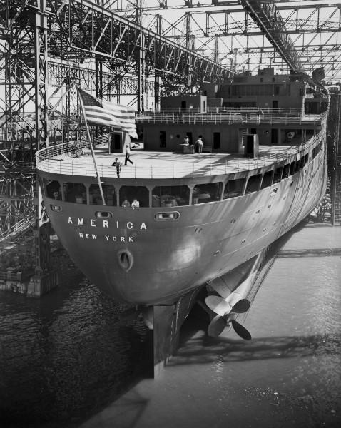 SS America podczas wodowania - 31 sierpnia 1939 roku (fot. Newport News Shipbuilding)