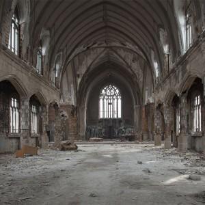 Wnętrze kościoła St. Agnes (fot. DetroitUrbex)