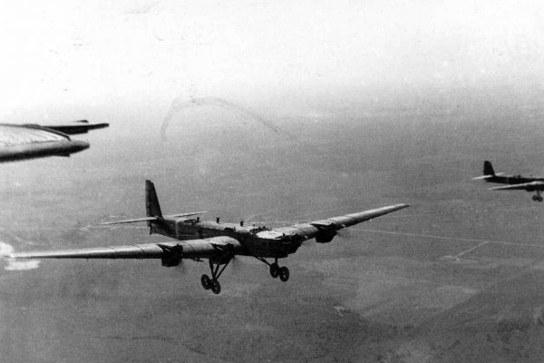 Tupolew TB-3 był podstawowym radzieckim ciężkim bombowcem z początku II wojny światowej. Maszyna ta była wówczas już całkowicie przestarzała