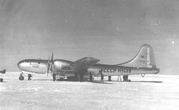 Tupolew Tu-4