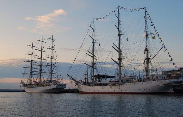 Dar Pomorza i Dar Młodzieży w Gdyni