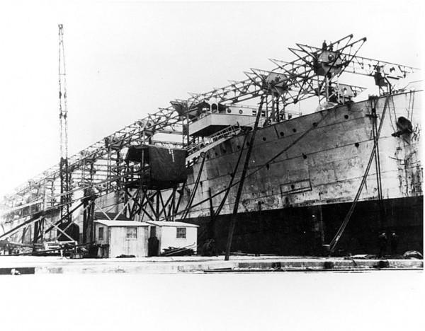 USS Jupiter podczas przebudowy na lotniskowiec USS Langley - maj 1921 roku