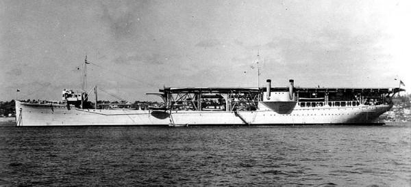 USS Langley po przebudowie na transportowiec wodnosamolotów w 1937 roku