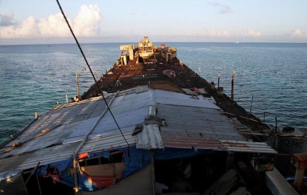 Pomyśleć, że był to kiedyś okręt wojenny (fot. inquirer.net)