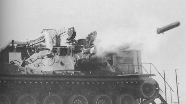 MBT-70 podczas testów pocisków Shillelagh