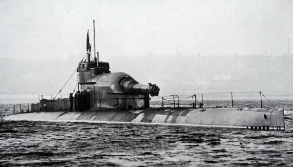 Brytyjski krążownik podwodny typu M