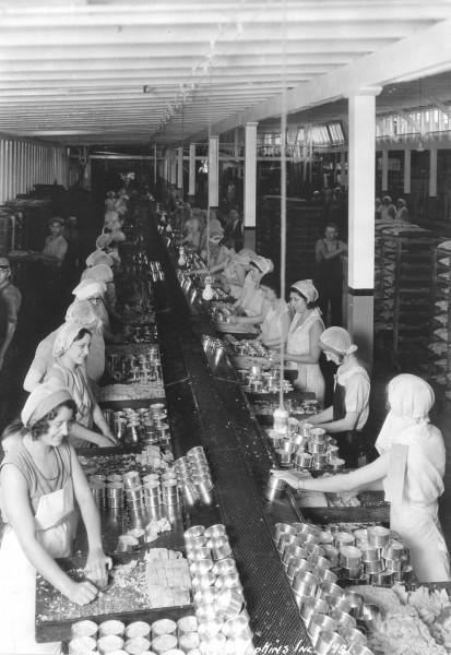 Najczęściej w zakładach produkujących konserwy pracowały kobiety