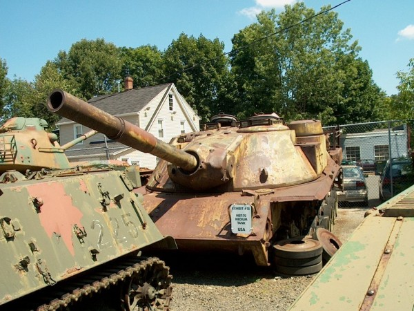Smutny koniec jednego z MBT-70