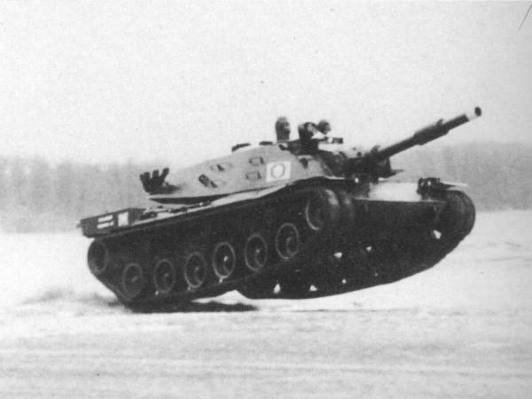 MBT-70 podczas testów sprawnościowych