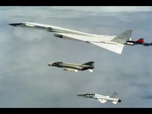 Moment zderzenia XB-70 z F-104