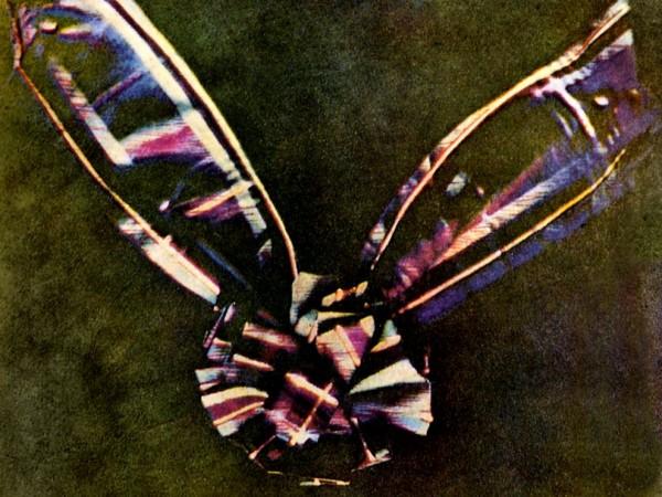 Kolorowa kokarda - pierwsze kolorowe zdjęcie (fot. James Maxwell)