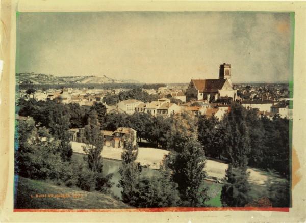 Pierwsze kolorowe zdjęcie wykonane w terenie (fot. Louis Ducos du Hauron)