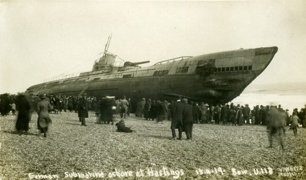 U-118 na plaży w Hastings