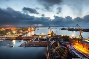 Widok na stocznię (fot. Gelio)