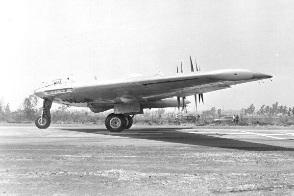 XB-35 podczas prób