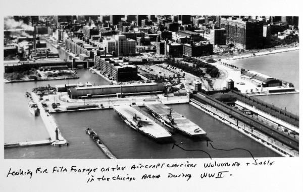 Lotniskowce USS Wolverine i USS Sable w porcie w Chicago