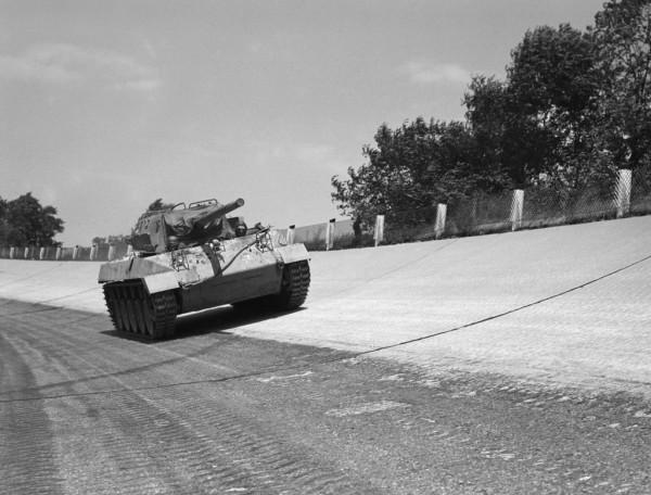 M18 Hellcat podczas testów prędkości