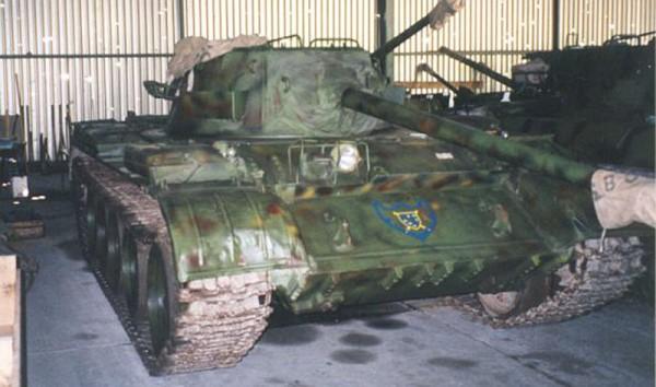 Bośniacki T-55 z wieżą M18 Hellcat