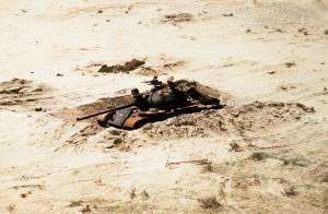 Zniszczony iracki czołg T-55