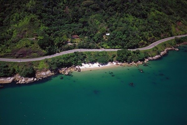 Fragment współczesnej trasy Rio-Santos.