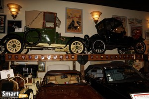 Od lewej DFP (1909) i Ford Model T