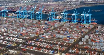 Port of Los Angeles - największy port USA