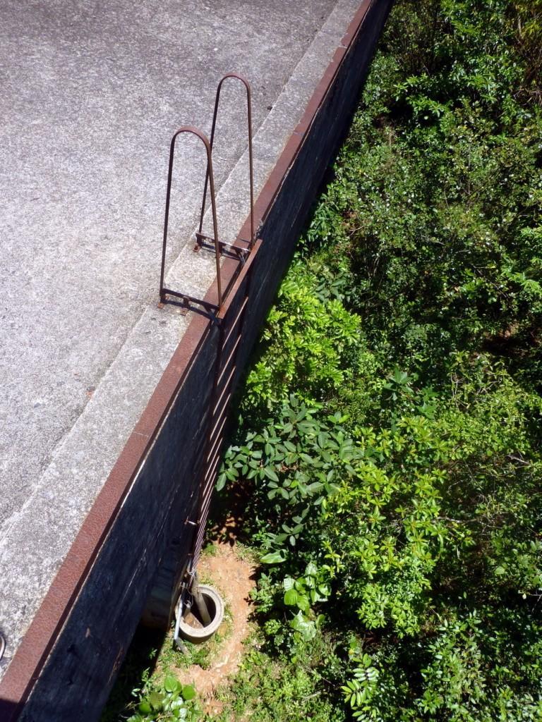 Jedna z drabinek prowadzących na szczyt wiaduktu