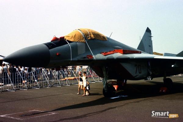 MiG-29 podczas pokazów w Poznaniu w 1989 roku (fot. Rafał Banach)