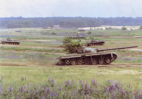 Polskie T-72 podczas manewrów