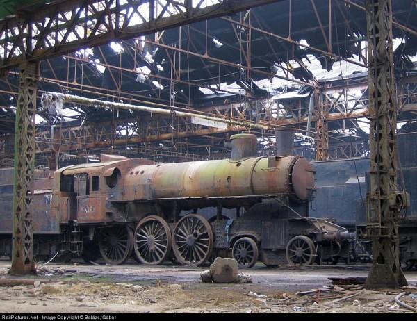 Jedna z lokomotyw w składnicy w Istvántelek (fot. Gabor Balazs)