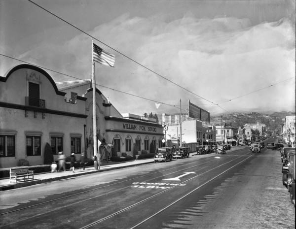 Widok na studio filmowe William Fox Studio niedaleko Sunset Blvd w Los Angeles w latach 1920-1924 (fot. USC Digital Library)