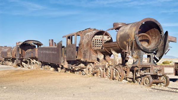 Cmentarzysko pociągów w Uyuni (fot. Dan Lundberg/Wikimedia Commons)