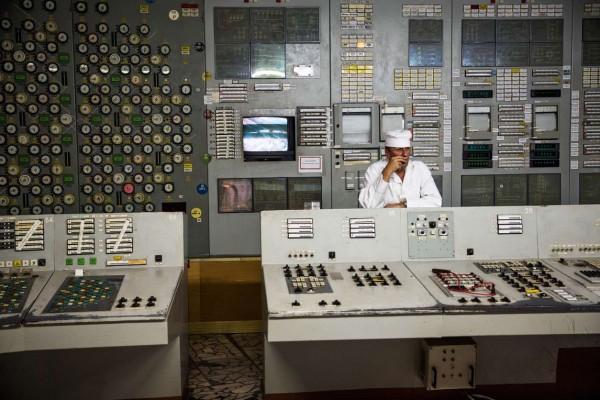 Pokój kontrolny reaktora numer 2 (fot. graphics8.nytimes.com)