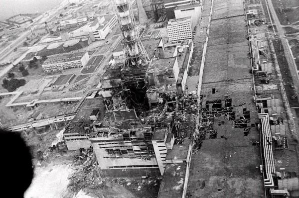 Elektrownia atomowa w Czarnobylu po eksplozji reaktora nr. 4