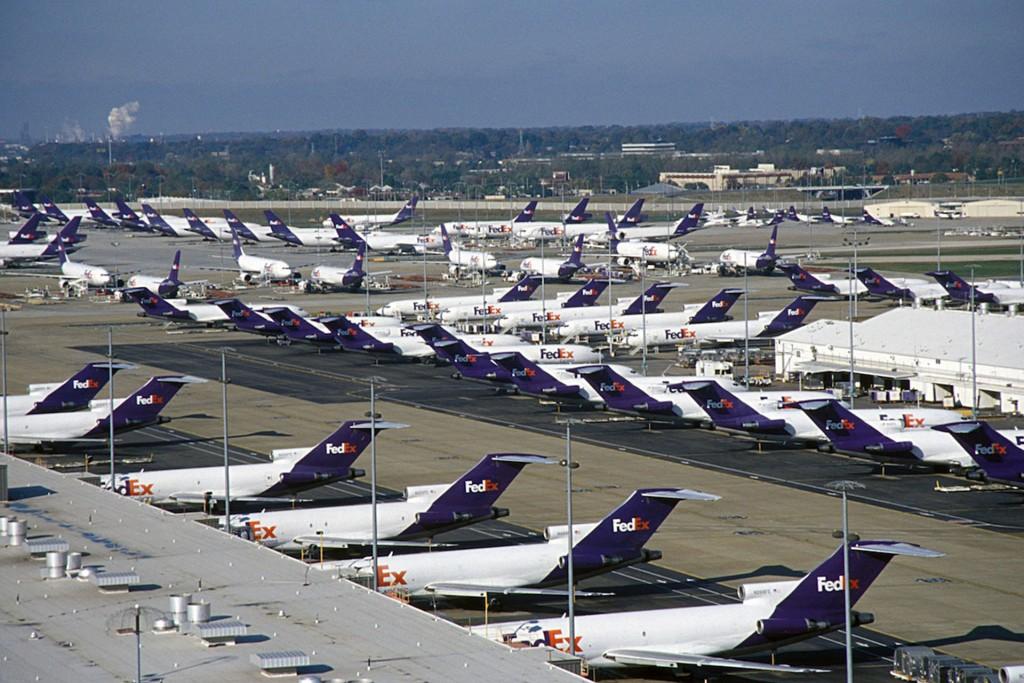 Samoloty FedEe w Memphis (fot. FedEx)