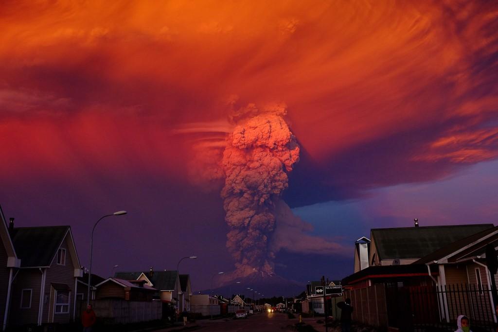 Erupcja wulkanu Calbuco (fot. Alex Vidal Brecas)