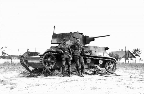 Zdobyty przez niemców czołg 7TP