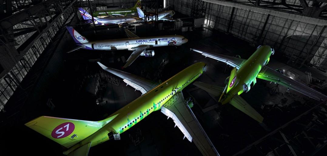 Nocna wizyta w hangarze na lotnisko Tołmaczowo - zdjęcia