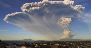 Erupcja wulkanu Calbuco (fot. Carlos F. Gutierrez)