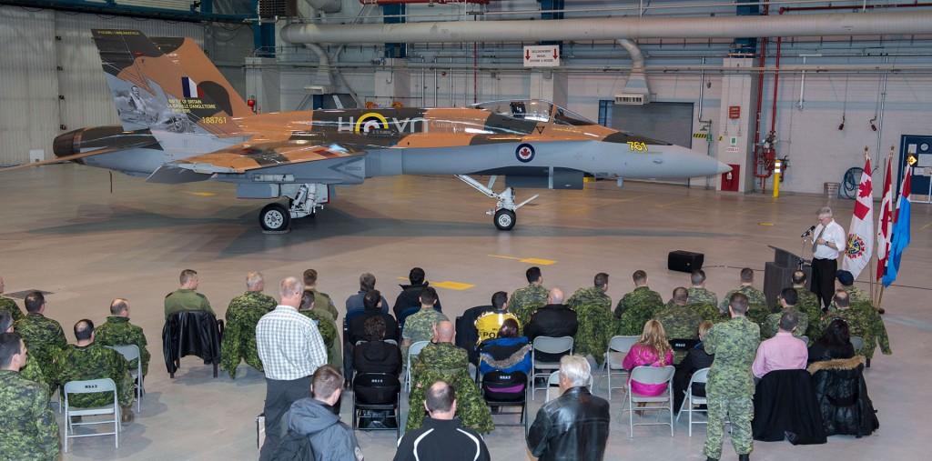 CF-18 Hornet Demo (fot. LS Alex Roy)