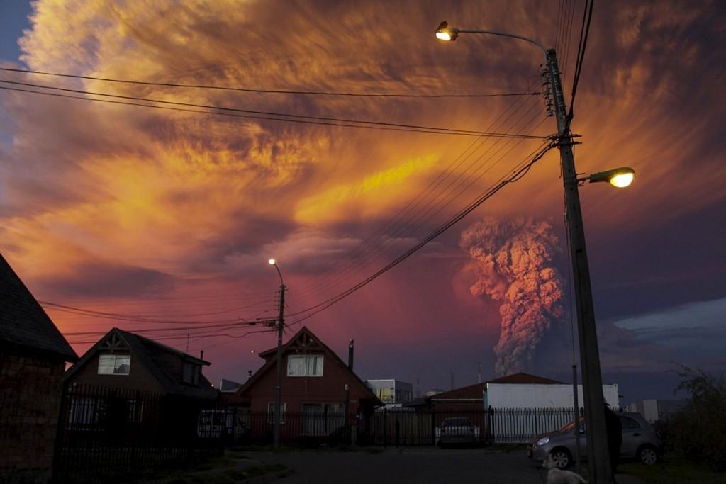 Erupcja wulkanu Calbuco (fot. Sergio Candia)