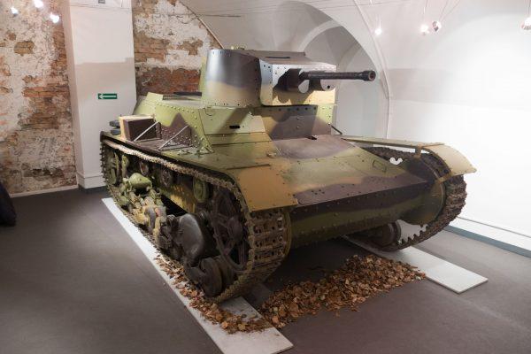 Odrestaurowany czołg 7TP (fot. Thomas Quine/Wikimedia Commons)