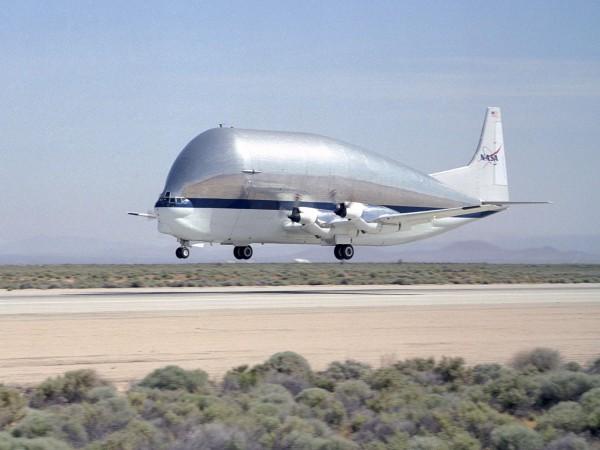 Super Guppy (fot. NASA)