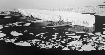 Przepychanie góry lodowej