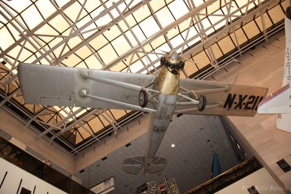 Spirit of St. Louis w Muzeum Lotnictwa Instytutu Smithsona w Waszyngtonie (fot. Rafał Banach)