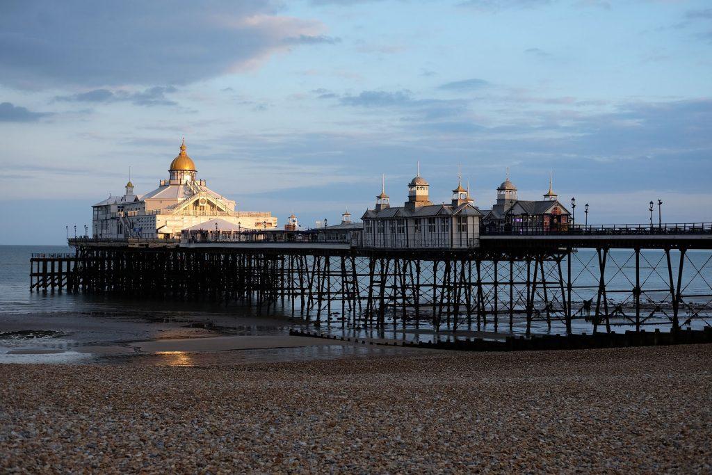 Eastbourne Pier (fot. Stephen Wall)