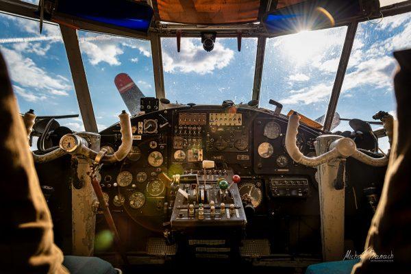Kokpit Antonowa AN-2 (SP-NEH) (fot. Michał Banach)