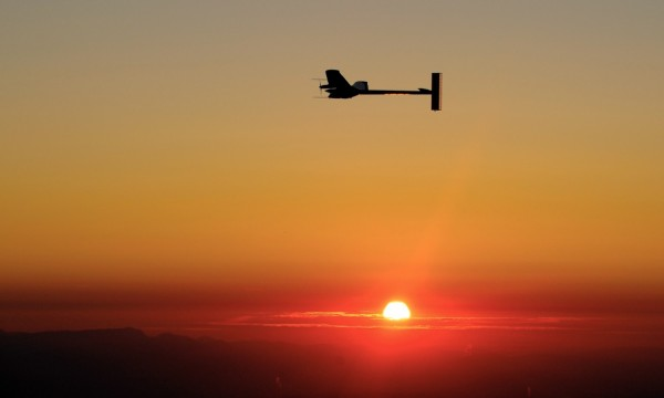 Solar Impulse 2 (fot. Fabrice Coffrini)