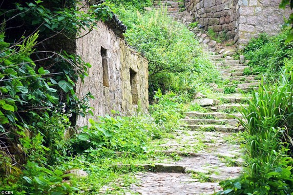 Opuszczone miasteczko na wyspie Shengshan (fot. Jain Qing)
