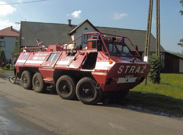 SKOT przerobiony na wóz strażacki